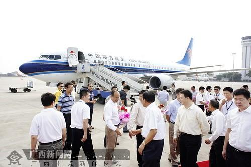 南航首架波音内饰飞机落户南宁 重点飞北京上海等