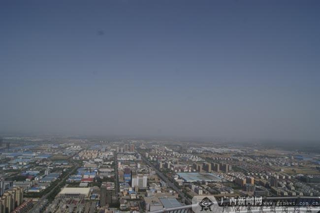 登最高钢结构电视塔 中原福塔望遍中原大陆