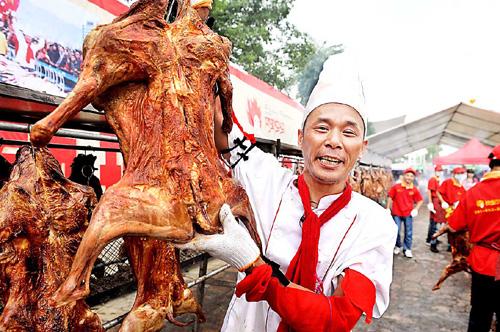 柳州美食节让人大饱口福眼福