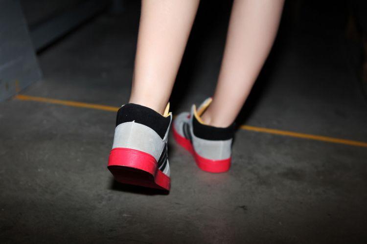 糖果拼色厚底板鞋