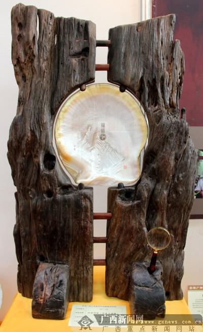 首届广西工艺美术作品展开幕 大师级精品汇聚一堂图片