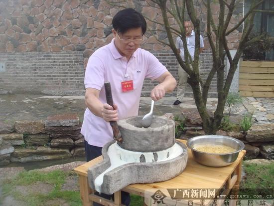 广西:努力实现从旅游资源大区向旅游强区跨越(图)