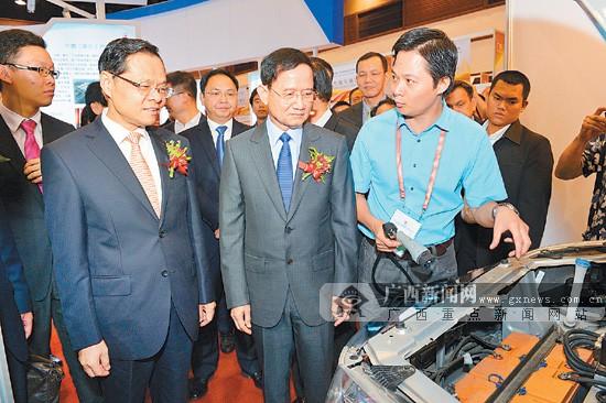 广西(泰国)商品博览会在曼谷举行 陈武宣布开幕