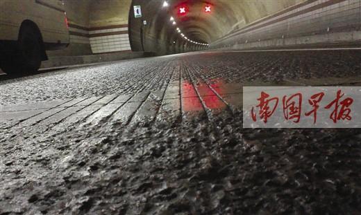 """兰海高速南丹段通车一年事故频发被称""""魔鬼隧道"""""""