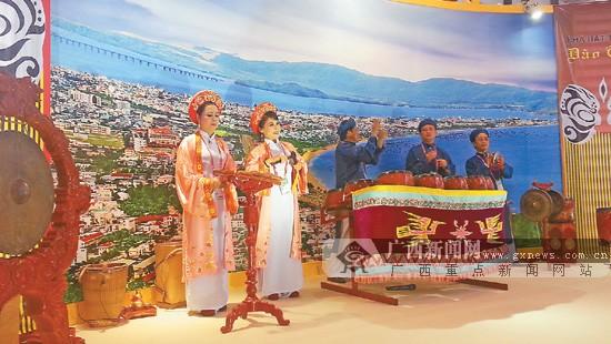 越南·归仁:金塔闪耀迷人海滩