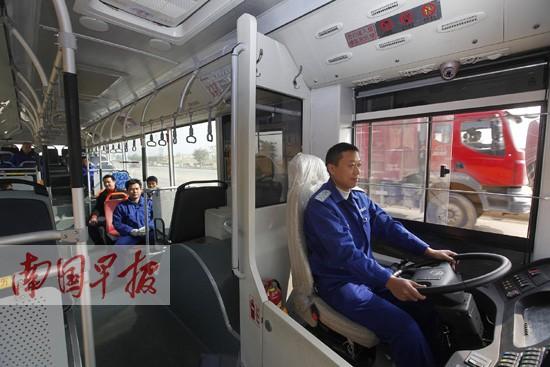 柳州将正式迈进快速公交(BRT)时代 教你如何乘车