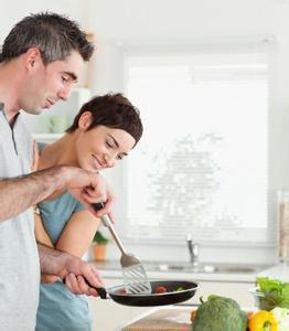 吃饭的六个误区可致癌