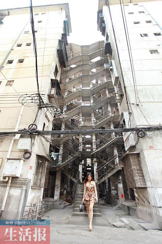 """邕城""""鸳鸯楼""""蹿红网络 隔了30年你们才知道它的美"""