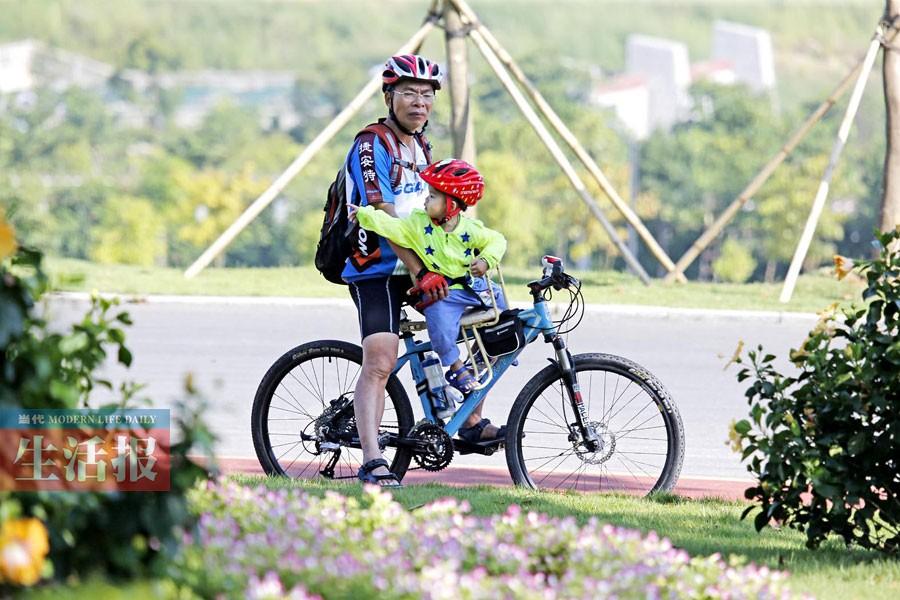 据介绍,青秀山风景区作为南宁市绿道网络建设规划中的首批试点