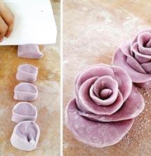 """馒头也能做出花?教你做""""紫薯玫瑰"""""""