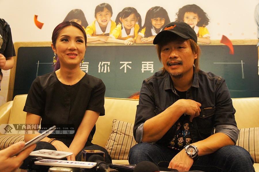在拍摄电影《可爱的你》过程中,杨千嬅也看到了古天乐成熟了很多,还