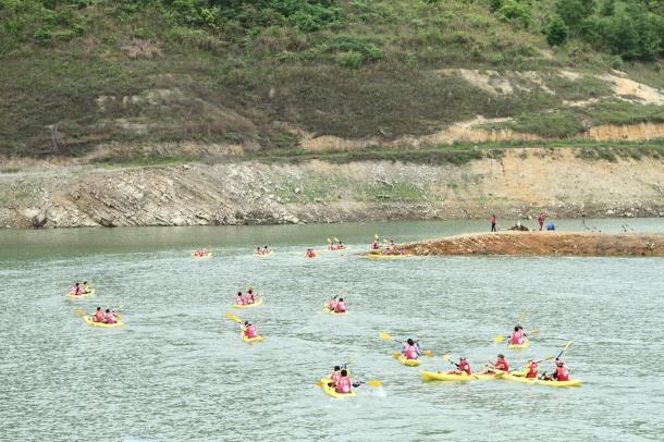 赛事皮划艇水中竞技