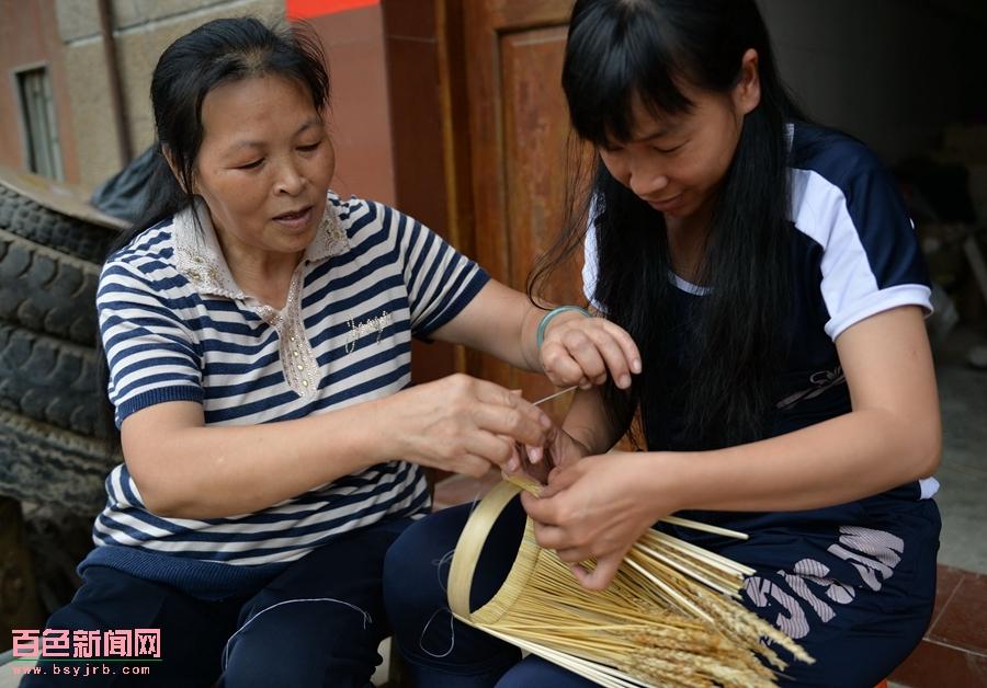 亟待传承的技艺――田阳三坡麦编花篮