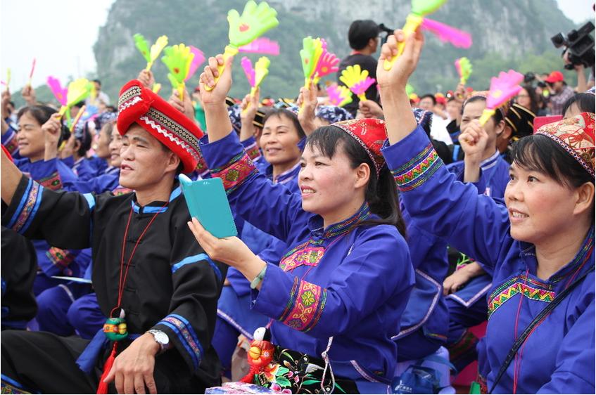"""广西上林举办生态旅游养生节 原汁原味展现""""壮乡味道"""""""