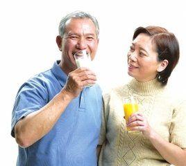老年人补钙吃什么好