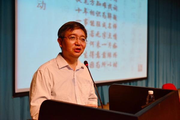 八桂名师徐华:婉拒高薪 坚守在南宁二中讲台