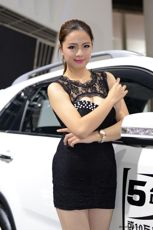 强烈建议柳州汽博会引进这些丰满车模