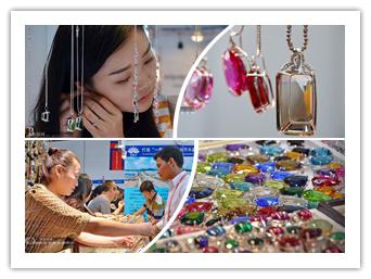高清:探秘东博会柬埔寨展馆 各色宝石璀璨夺目