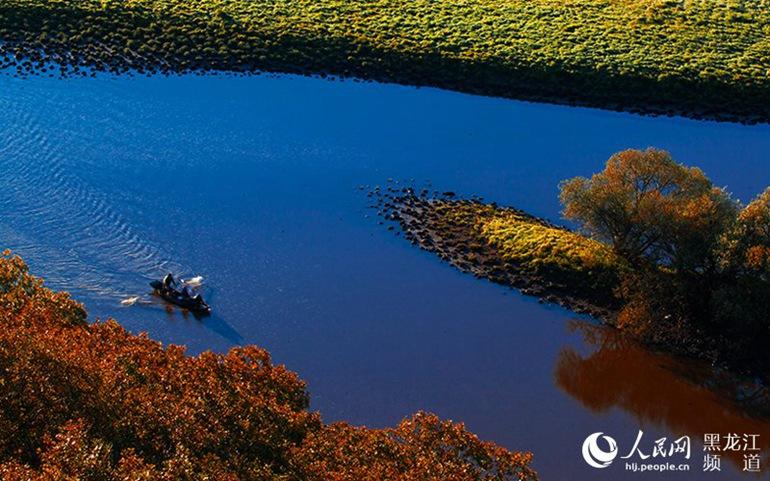 黑龙江省虎林市珍宝岛湿地属乌苏里江水系,境内的主要河流有乌苏里江