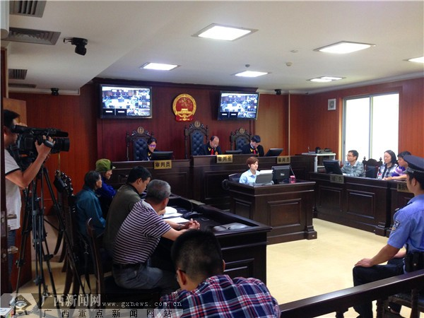 Villagers initiate administrative litigation, vice mayor appears in court to respond