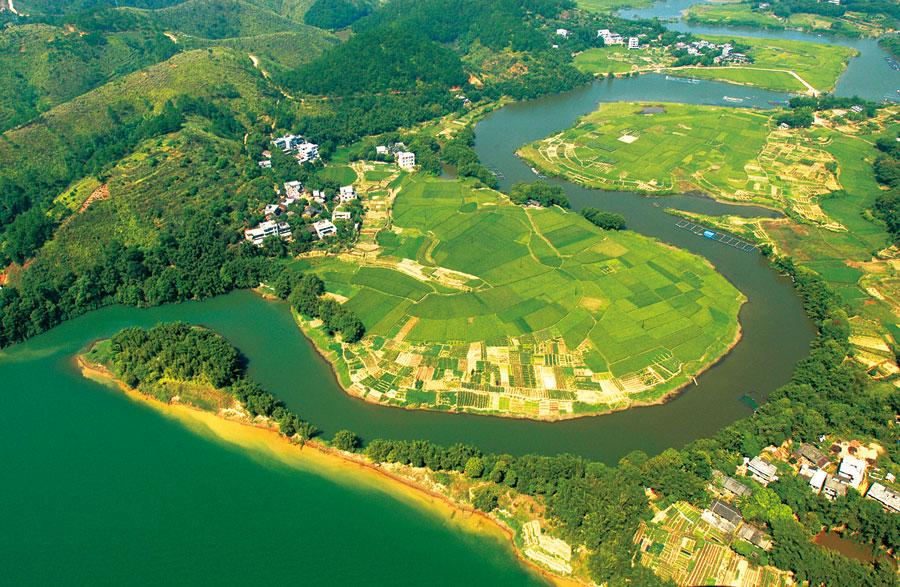 梧州:守护青山绿水 凸显乡土韵味