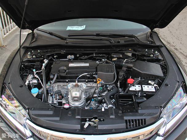 动力方面,思铂睿搭载了2.0l和2.4l两种排量发动机.2.