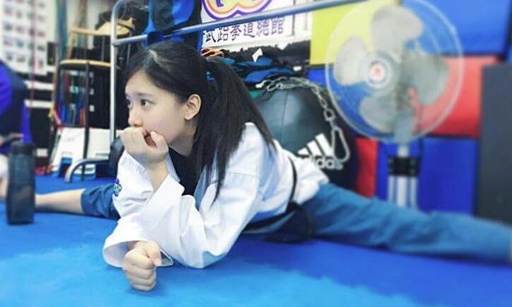 高清:最可爱跆拳道女孩