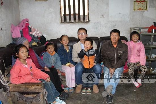 """广西3名大学生荣获2015年度""""中国大学生自强之星"""""""