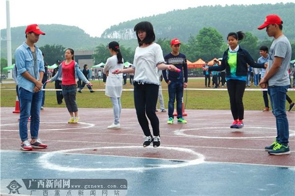 【迎60校庆】萦绕的绳线 时间与速度的竞赛