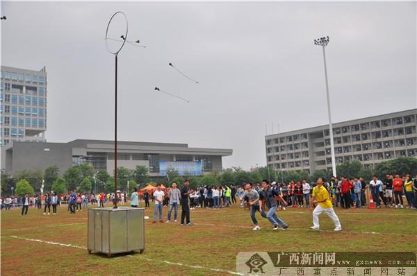 【迎60校庆】抛绣球赛项:抛的是友好 接的是传承
