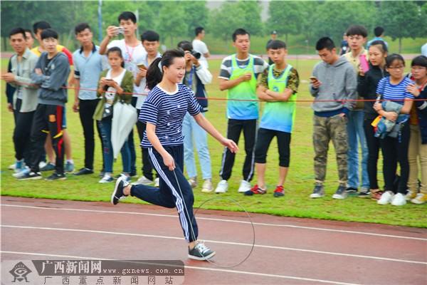【迎60校庆】滚铁环接力赛:风火轮的对决