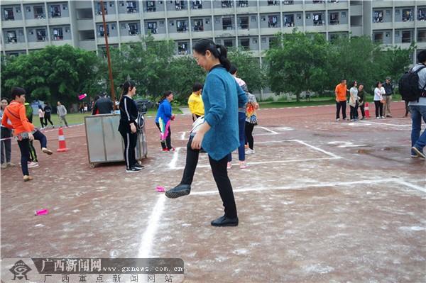 【迎60校庆】民族传统体育日:个人毽球激情比拼