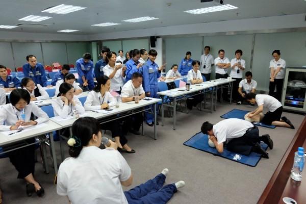 上班族学急救技能 给自己和他人更多安全感