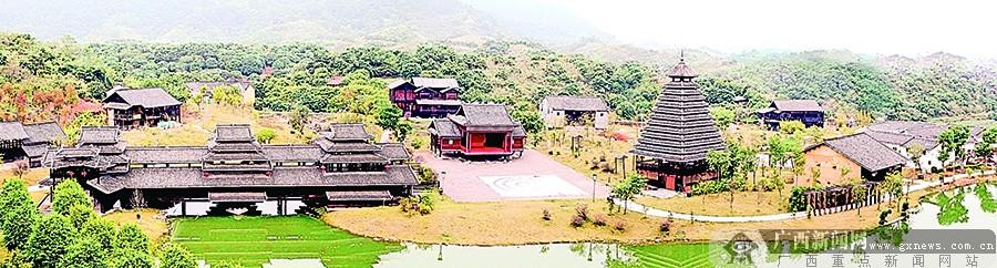 广西民族博物馆(广西民族村)实景展示了广西世居民族的特色建筑.
