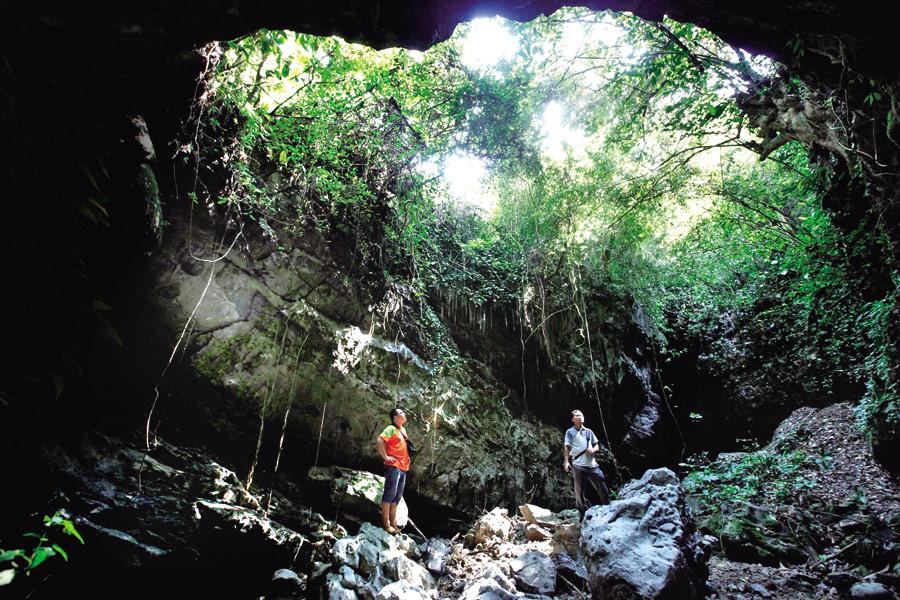 柳江高兴村:戏水探洞觅清凉 深山里的避暑胜地