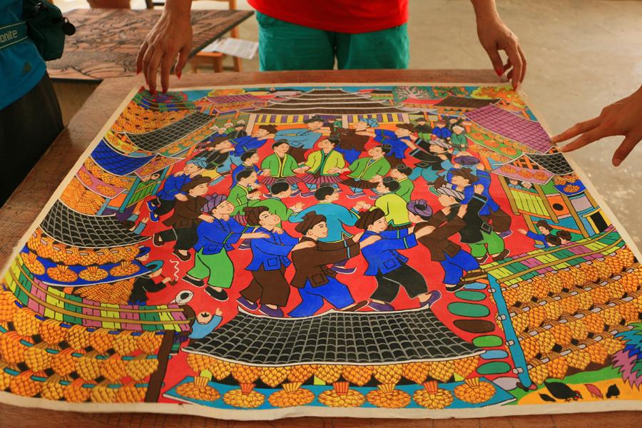 高清:从深山走向国际 三江侗族农民画展多彩民俗