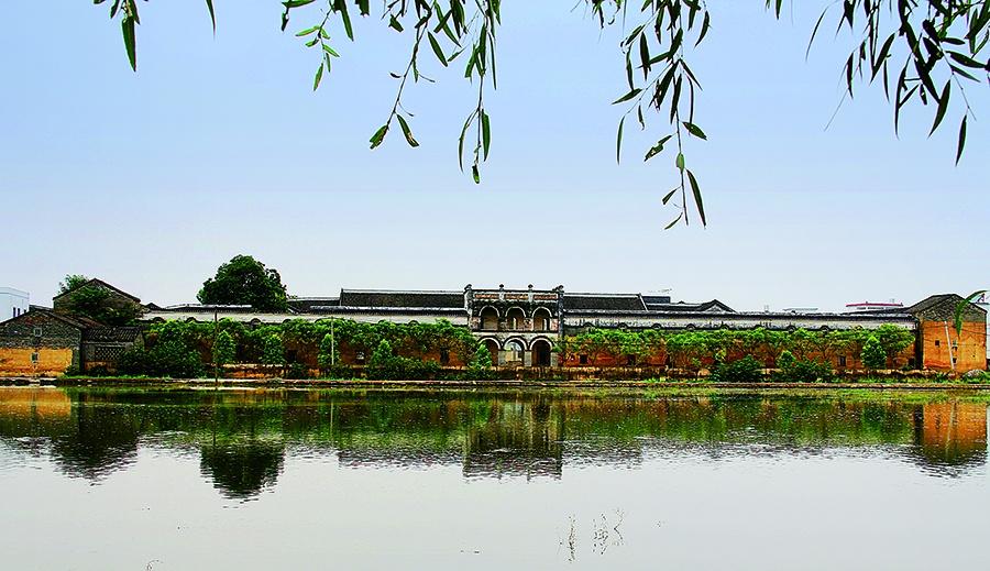 高清:广西现存最大的地主庄园 青砖白瓦承载历史