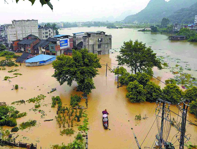 高清:暴雨南北夹击广西 多地洪涝成灾
