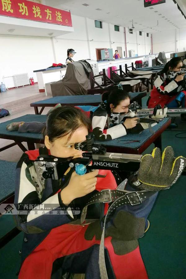 高清:训练场上过中秋 广西射击射箭队队员备战忙