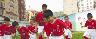 我区首批幼儿园足球基地挂牌