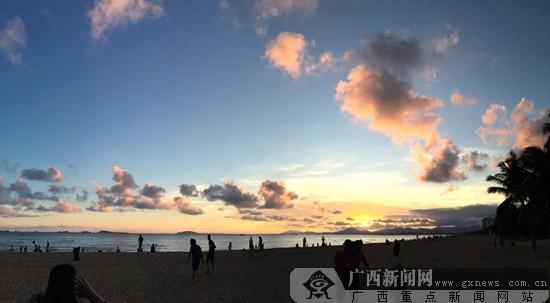 邓娜摄影:三亚湾晚霞