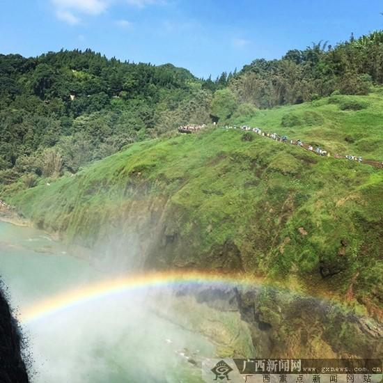 谢宗顺摄影:彩虹之巅