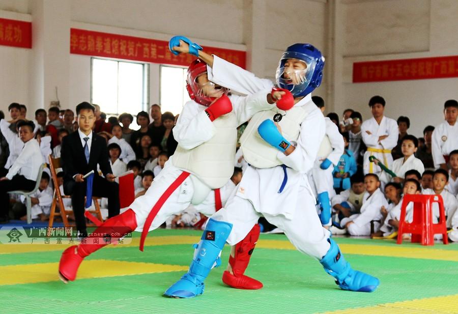 广西举行第2届空手道公开赛 4岁萌娃参赛有模有样