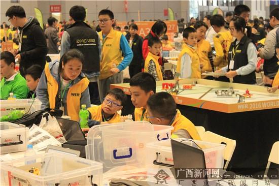 百色中华世界代表队在小学机器人v世界中喜获佳新余中小学划片图片