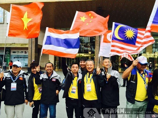 中国-东盟国际汽车拉力赛境外首发仪式在越南举行