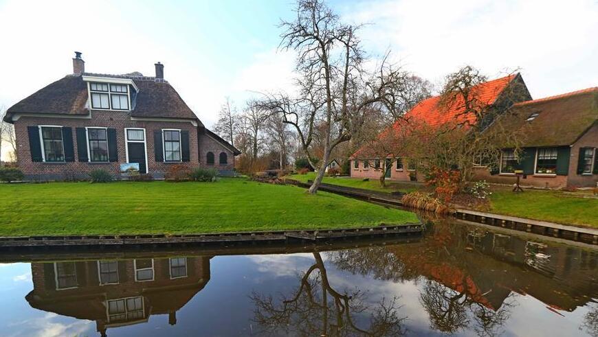 冬日里的荷兰羊角村