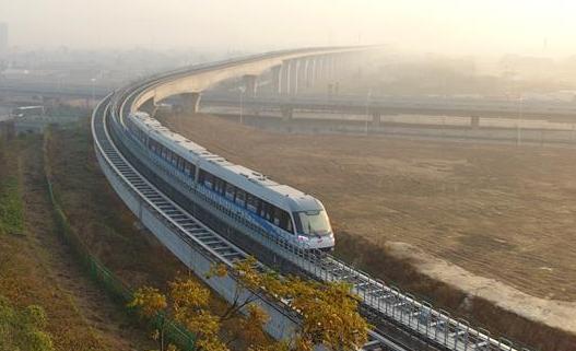 长沙磁浮快线试运营总客流量达148.5万人次