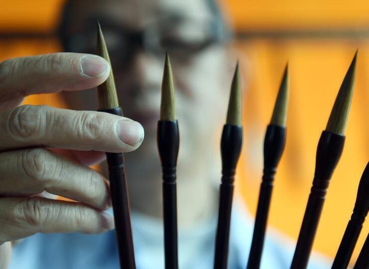 广西宾阳:百年毛笔制作工艺不舍的传承(组图)