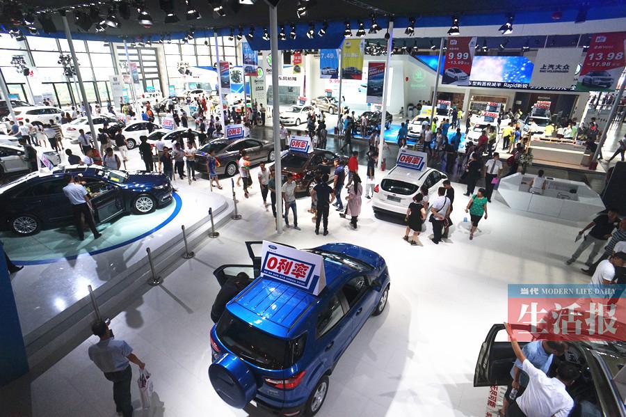 南宁市现有机动车193.9万辆!去年私家车增长19.2%