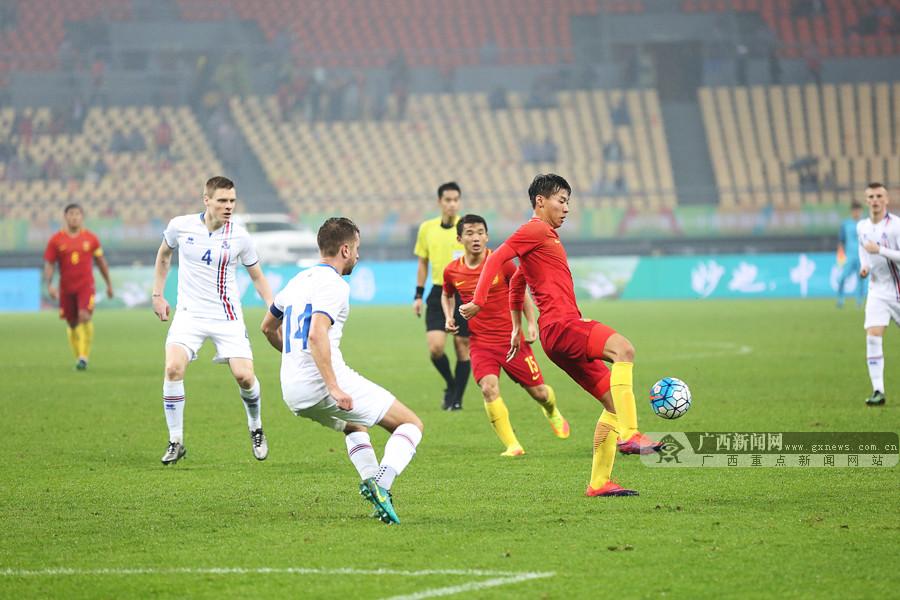 中国杯揭幕战国足0:2告负 里皮上任国际比赛首败